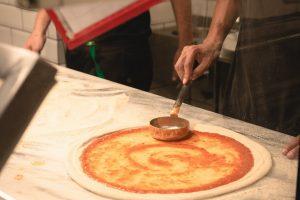 Nie ma pizzy bez pomidor